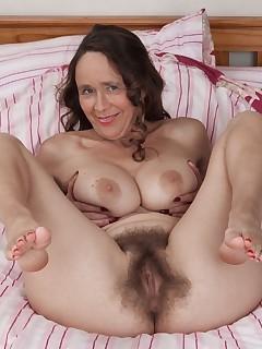 Old Hairy Vagina Pics
