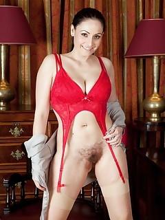 Hairy Vagina Pornstar Pics