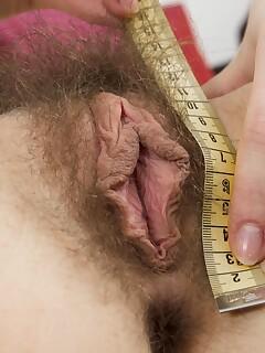 Hairy Pussy Lips Pics