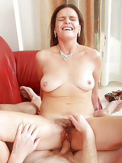 Hairy Vagina Wife Pics