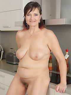 Hairy Vagina Housewife Pics