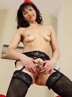 Hairy Vagina And Stockings Pics